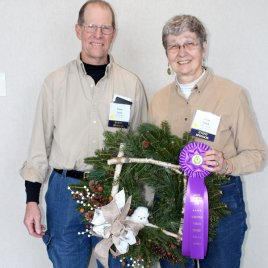 2020 Wreath Contest Grand Champion Decorated - Cook's Woods.
